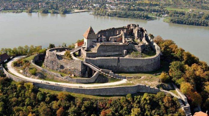 Visegrad Kraliyet Sarayı