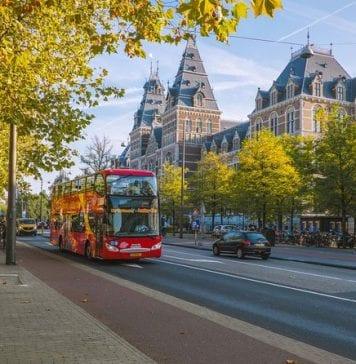 Amsterdam Hop On Hop Off Otobüs ve Bot Turları