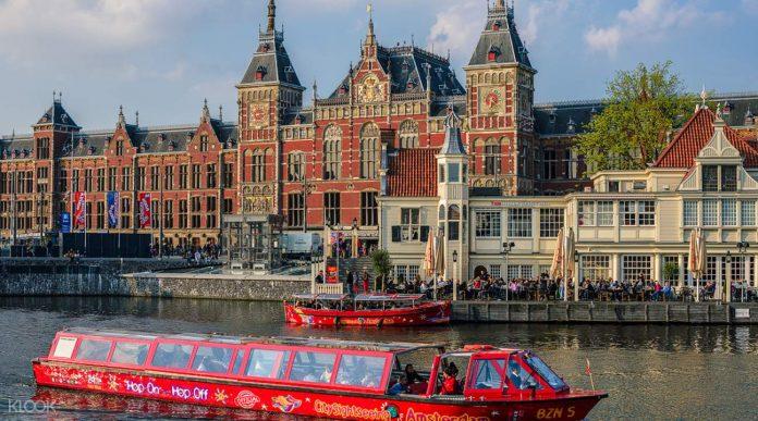Amsterdam Hop On Hop Off Turu Bilet Seçenekleri