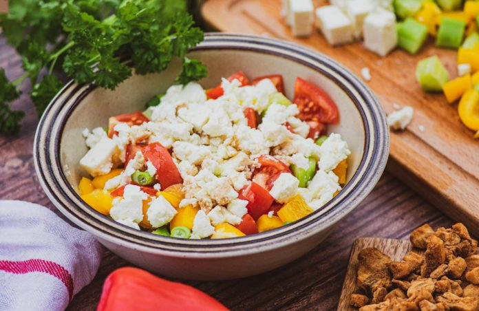 Sırp Salatası