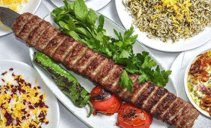 Chelow Kebabı