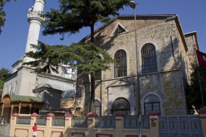 kuzguncuk sinagog ve kiliseler