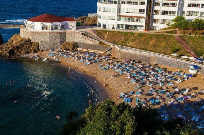 Riva Legend Otel Plajı