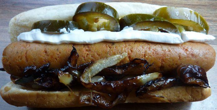Seattle Usulü Sosisli Sandviç