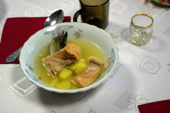 Ucha Çorbası