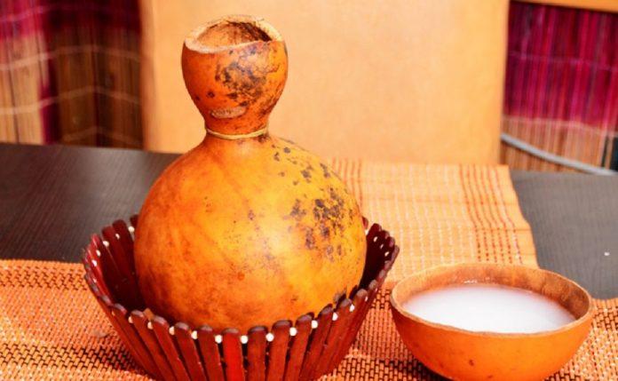 Palmiye Şarabı