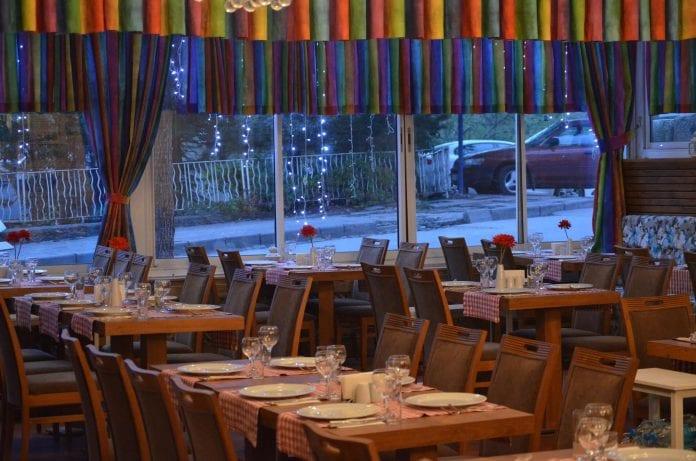 90lar Restaurant Ankara