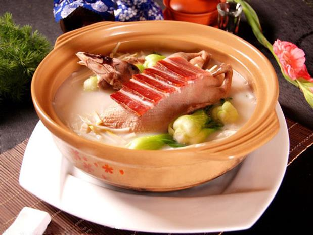 Duck Soup with Dried Bamboo Shoots