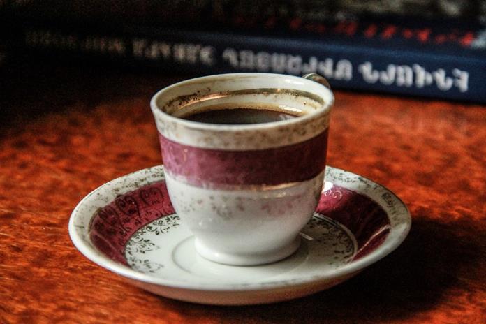 Erivan'da ne yenir? Ne içilir?