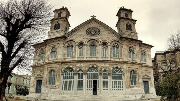 Aya Triada Kilisesi