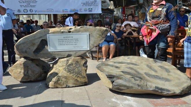 Karataş Anıtı