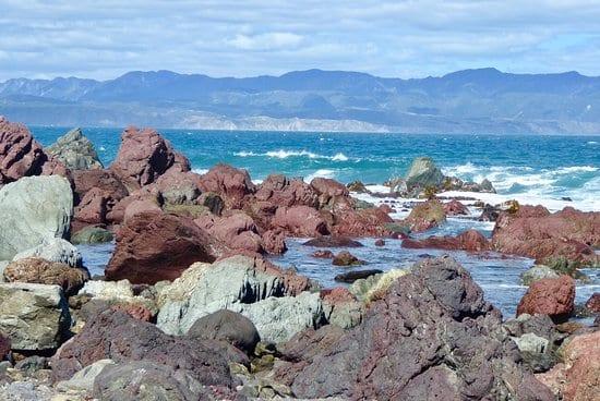 Red Rocks-Pariwhero