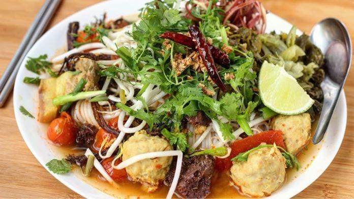 Kanom Jeen Nam Ngiew