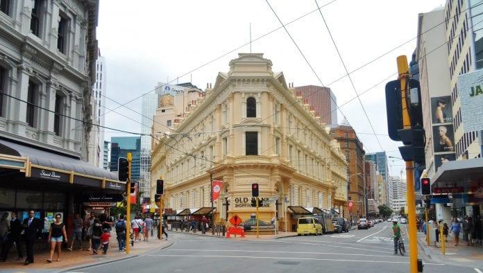 Old Bank Alışveriş Merkezi