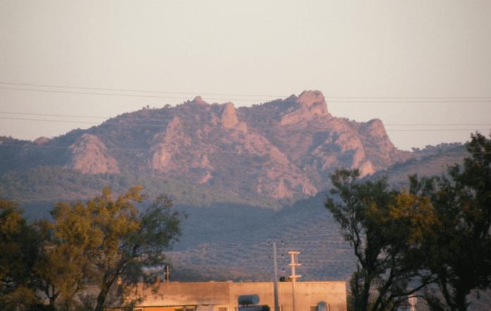 atatürk kayalıkları