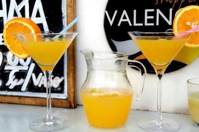 Sample Agua de Valencia