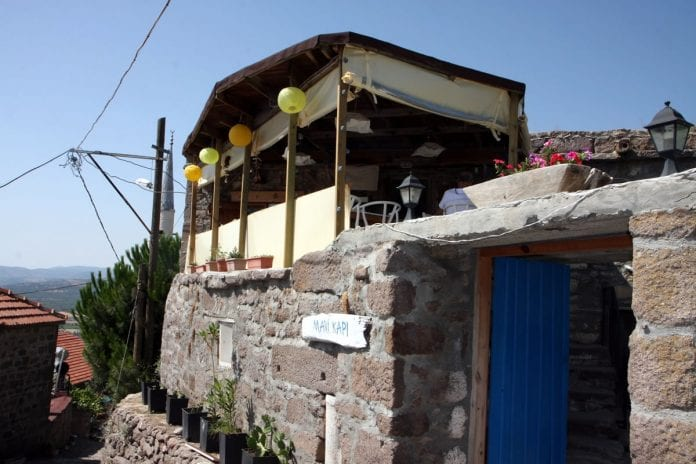 Mavi Kapı Kafe
