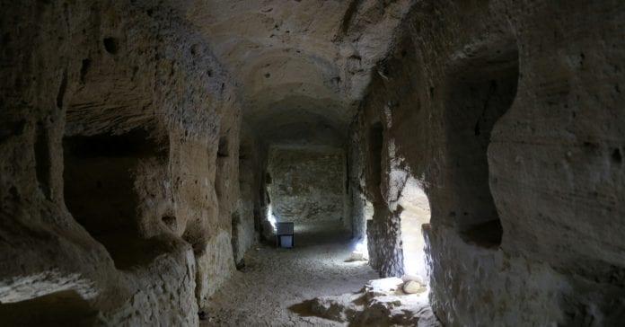 Serapeum Tapınağı