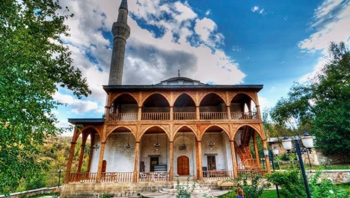 Gümrükçü Osman Paşa Cami