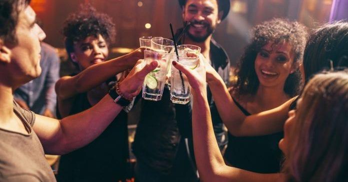 Ultimate Leidseplein Party: Çoklu Bar Turu
