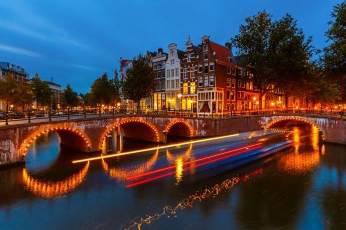 Amsterdam Kanal Köprüleri