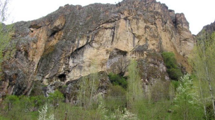 Gelin Odaları ve Mağaraları