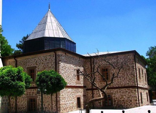 Şems Tebriz-i Türbesi