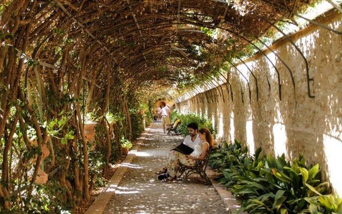 Monforte bahçesi