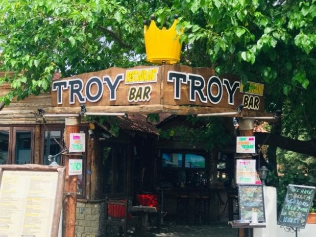 Troy Restoran Cafe & Bar