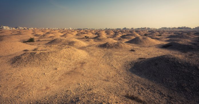 Dilmun Burial Mounds