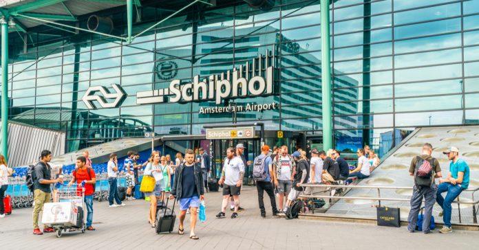 amsterdam havalimanı