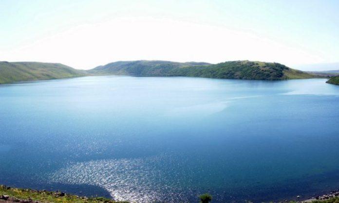 haçlı gölü