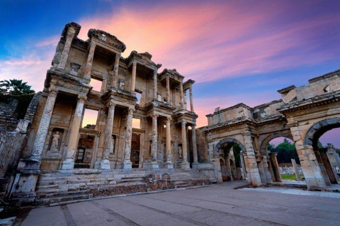 Celsus Kütüphanesi, Selçuk