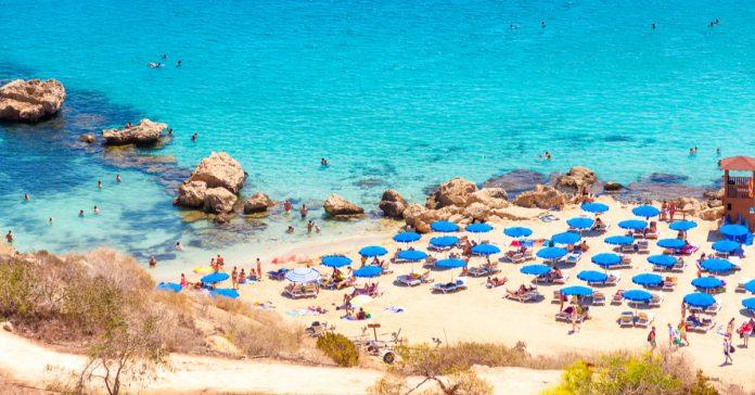 Konnos Plajı