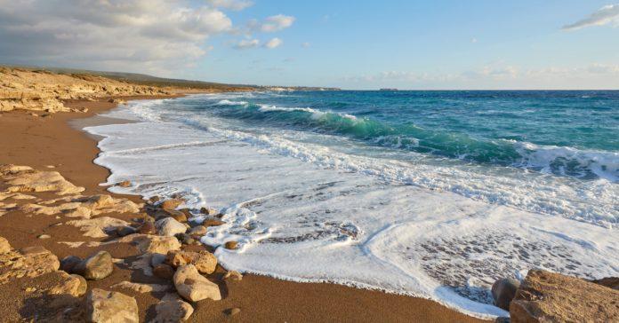 Lara Plajı (Lara Koyu)