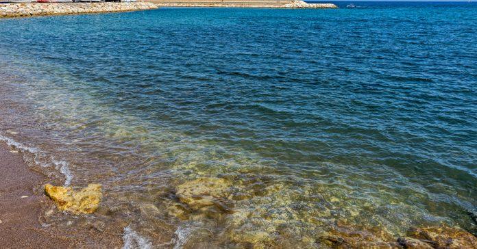 Latsi Plajı