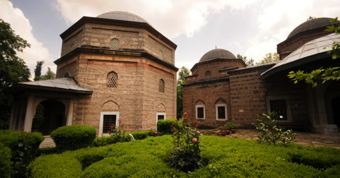 muradiye camisi