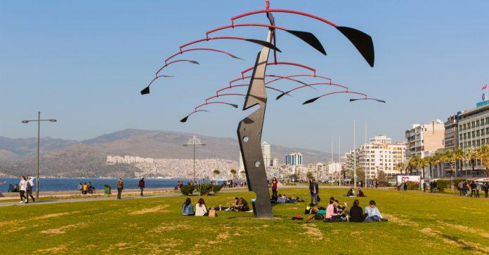 İzmir, Kordon