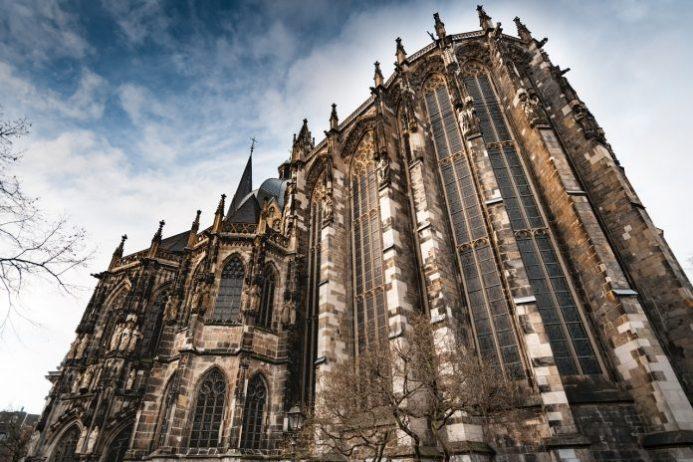 Aachen Katedrali Hazineleri