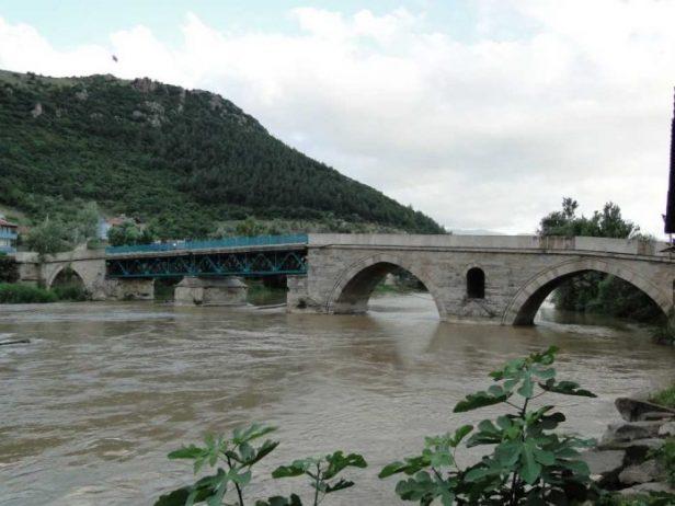II. Bayezid Köprüsü, Sakarya
