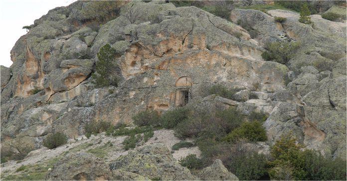 Berberini Kaya Kilisesi