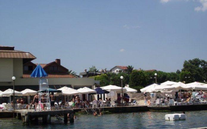 Büyükada Su Sporları Kulübü Plajı