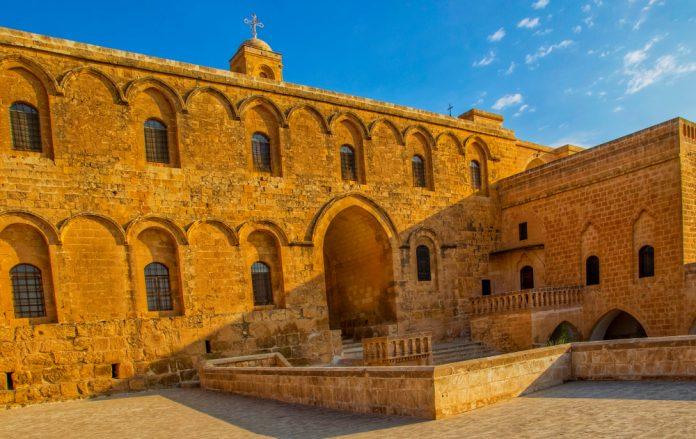 Deyrüzzeferan Manastırı, Mardin