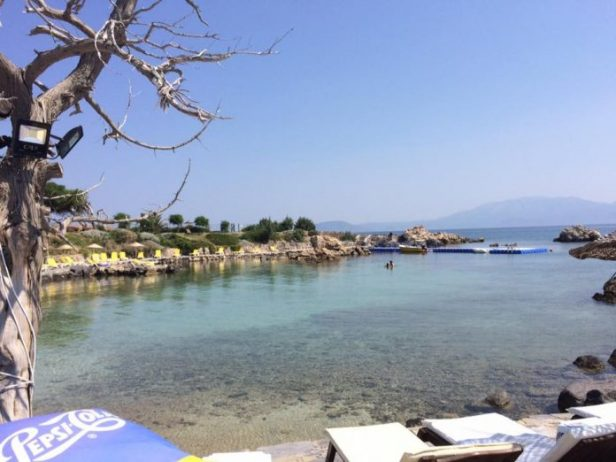 Dodo Beach Club Önü
