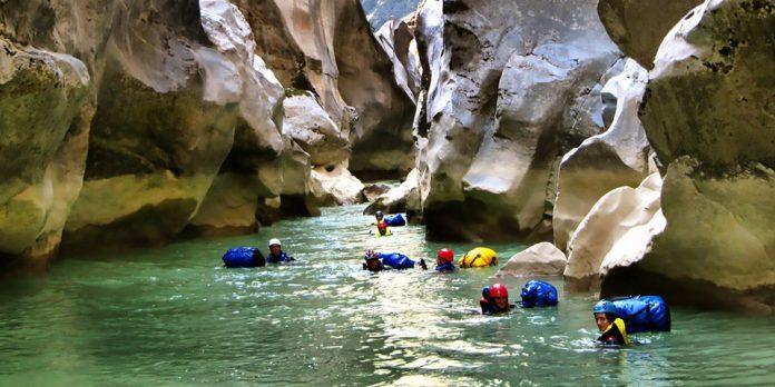 mersin aksfıtat kanyonu