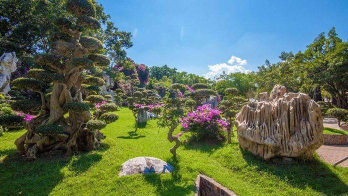 The Million Years Stone Park & Pattaya Crocodile