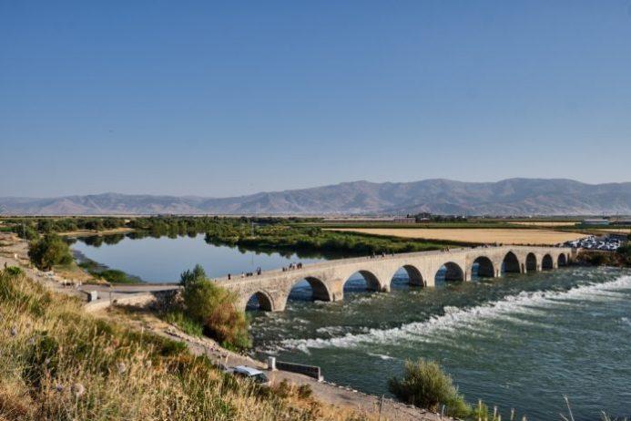 Murat Köprüsü, Muş