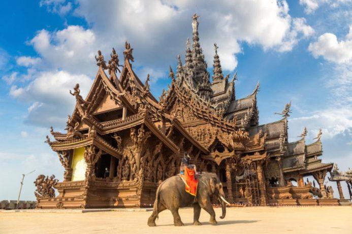 Pattaya Hakikat Tapınağı