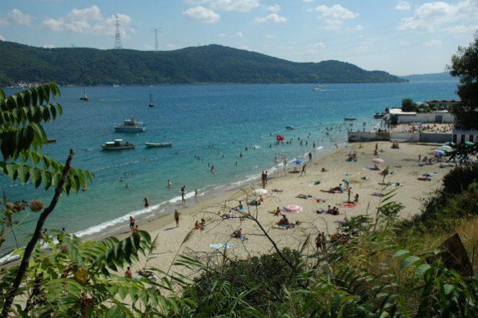 Rumeli Kavağı Altınkum Plajı