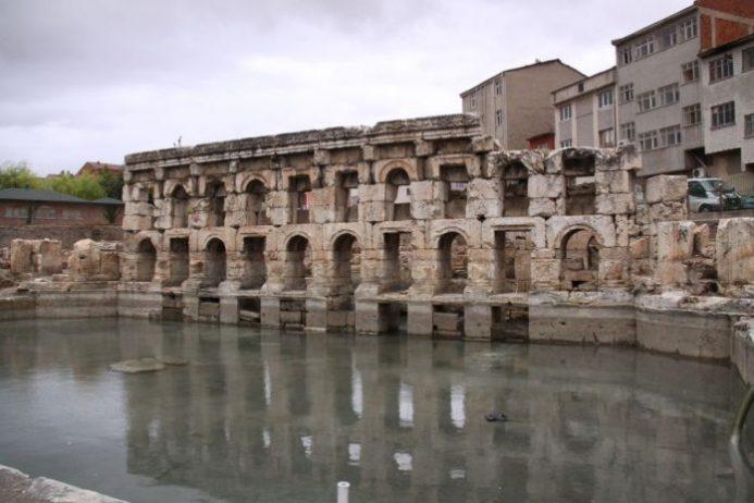 Sarıkaya Roma Hamamı